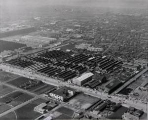 Daikin_1952_Sakai factory - Copy_tcm683-327610